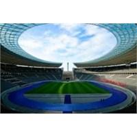 Berlin Olimpiyat Stadı
