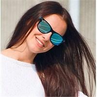 Mikro Trend: Aynalı Güneş Gözlükleri