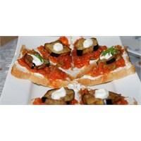 Süzme Yoğurtlu & Patlıcanlı Sandviç