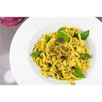 Pesto Soslu Tagliatelle
