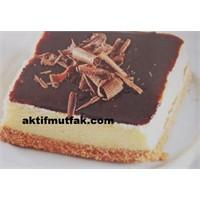 Çikolata Soslu Cheesecake Nasıl Yapılır?