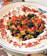 Fırınlanmış Yaz Salatası