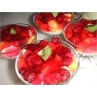 Meyveli Süt Tatlısı