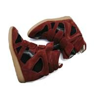Trend Alarm:topuklu Sneaker Davası