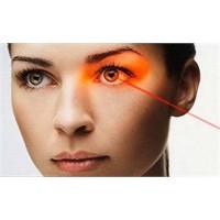 Lazerle Göz Rengi Değişikliği!