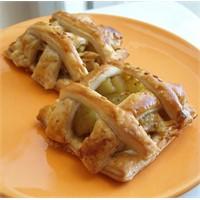 Tavuklu Kafes Milföy Böreği