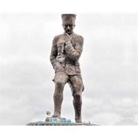 Dünyanın En Büyük Atatürk Heykeli