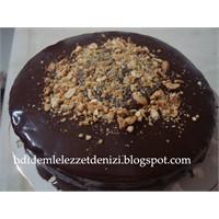 Krem Çikolatalı Pasta