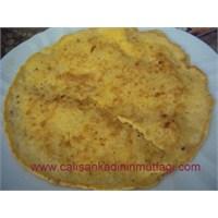 Patatesli Kaşarlı Omlet
