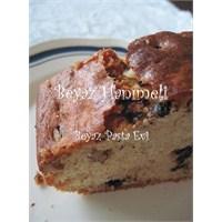 Muzlu, Damla Çikolatalı, Kahveli Ve Cevizli Kek