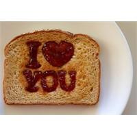 Sevgililer Günü İçin Kahvaltı Fikirleri