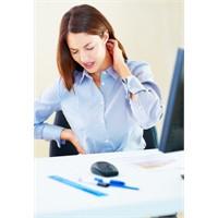 Masa Başı İşler Omurga Sağlığınızı Tehdit Ediyor