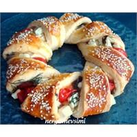 Domatesli Peynirli Simit