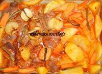 Fırında Sebzeli Biftek Ve Sogan Salatası