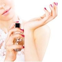 Esmerler,kumrallar Ve Sarışınlara Parfüm Önerileri