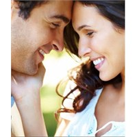 Erkeğin İlgisini Çekmeye Yarayan 5 Yöntem