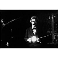 Mark Twain Ve Nikola Tesla: Gökgürültüsü Ve Şimşek