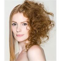 Saç Düzleştiricilerin Zararı Var Mı?