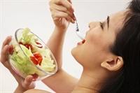 Sıcaklarda Beslenmenize Dikkat Edin