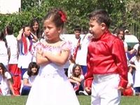 Küçük Ömer Gizemi Dansa İkna Edemeyince