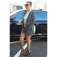 Kourtney Kardashian'ın Stiline Bakıyoruz !