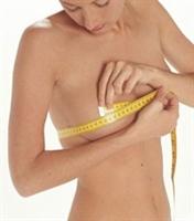 Küçük Göğüslü Kadınlar Içın Bıtkısel Çözümler