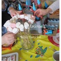 Parti İçin Marshmallow Çubukları