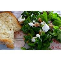 Beyaz Peynirli Mevsim Salatası