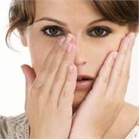 Kadınlar Neden Makyajı Severek Yapar?