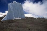 Kilimanjaro nun Karları Hızla Eriyor