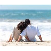 Çiftlere Mutluluğun Gizli Formülleri
