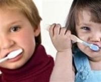 Çocuklarda Diş Fırçalama Eğitimi Nasıl Yapılmalı ?
