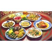 Ramazan Bayramı'nda Nasıl Beslenelim?