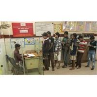 Hindistan'da Sokak Çocukları Banka Kurdu
