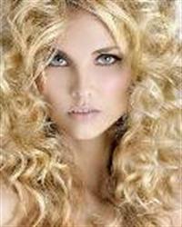 Saç Rengini Açmak İçin Limon Suyu Uygulaması