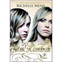 Altın Zambak – Richelle Mead | Yorum