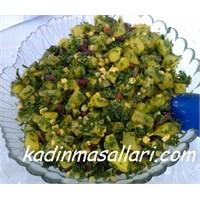 Sebzeli Patates Salatası Tarifi