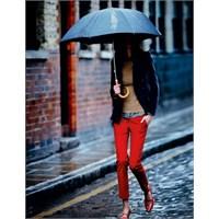 Yağmurlu Günler İçin Saç Bakım Önerileri