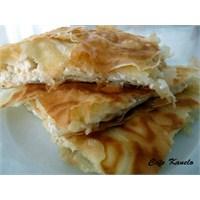 Cafe Kanelo'nun Lorlu Böreği