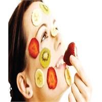 Meyvelerle Yapılan Cilt Maskeleri