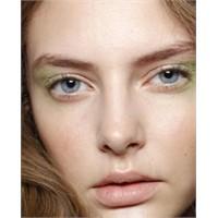 Renkli Bahar Makyajı Yapın
