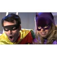 Süper Kahramanlar Soyundu