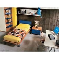 Çocuk Odalarına Çalışma Masası Alanları