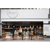 Melbourne'de Rozzi's İtalian Canteen Aydınlatma