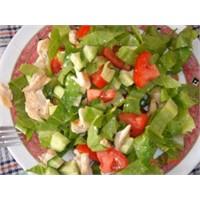 Tavuklu Salata Tarifi, Yapılışı Ve Malzemeleri