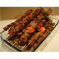 Pratik Tariflerden Şiş Kebab