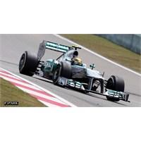Hamilton Mercedes İle İlk Kez Pole Pozisyonunda
