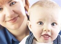 Bebeğinizin Zeka Gelişimine Yardımcı Olun