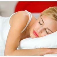 Uyku Güzelliğin En Güzel İlacı