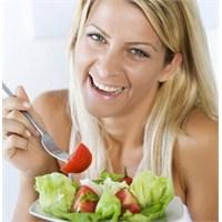 Sağlıklı Beslenme İle Selülit Tarihe Oluyor